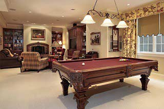 Pool Table Movers Pool Table Installers BirminghamSOLO - Pool table delivery service